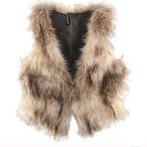 H&M faux fur vest size 12